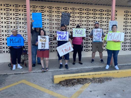 A number of community members came out to support Marlin Police Chief Lawrence McCall on Monday evening.